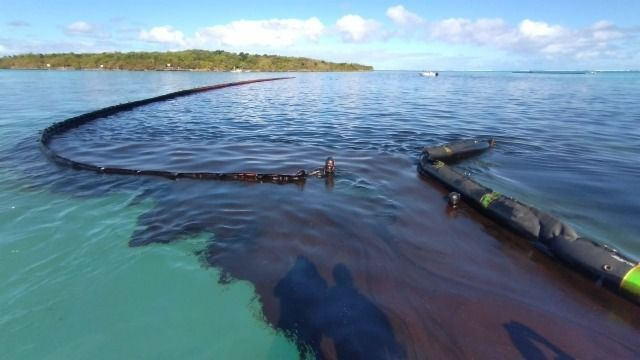 Ölunglück an der Küste von Sansibar: Forscher vermuten beschädigten Öltanker
