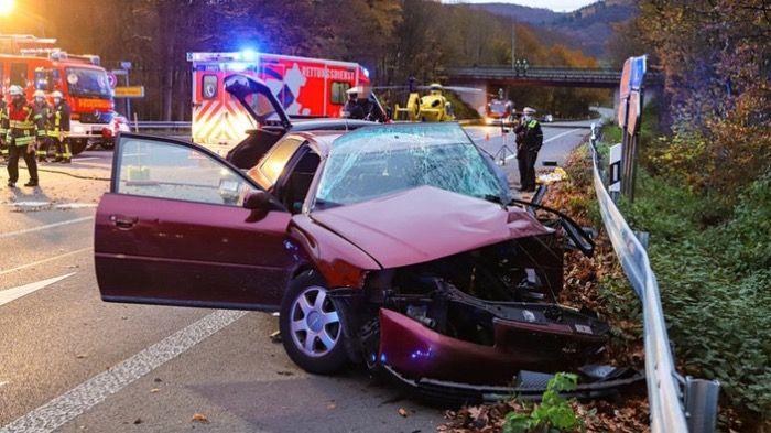 Mann (20) stirbt in Autounfall auf der A2