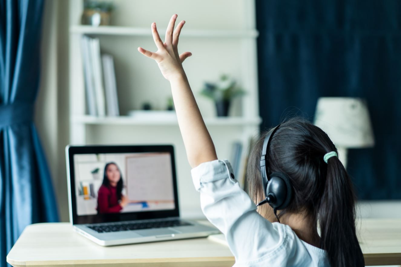 Corona-Hammer! Klasse 3b verbringt 642 Stunden in Videokonferenzen!
