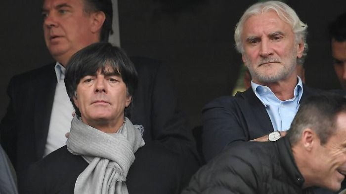 Jogi nach EM zu Leverkusen? Völler bestätigt Anfrage.