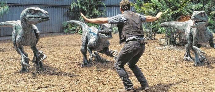 Dinosaurierangriff auf HAK-Bregenz